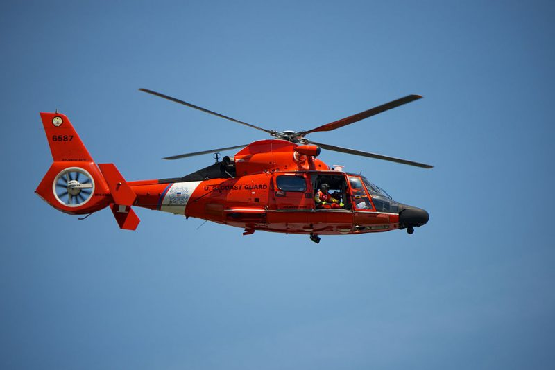 US_Coast_Guard_Helicopter_in_flight (1)