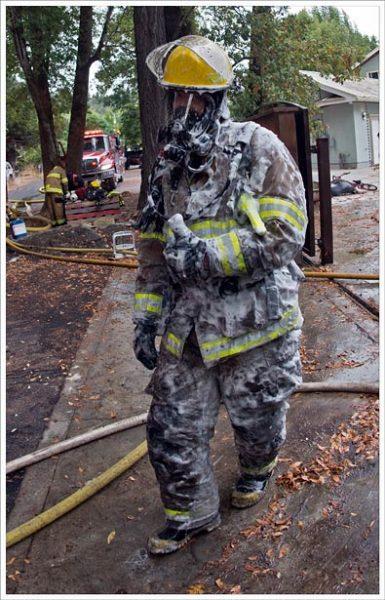 firefighter_retardant_sallaway_3510