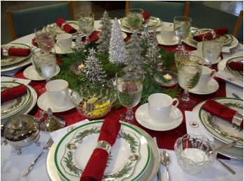 Holiday table setting Photo from the United Methodist Church in Eureka