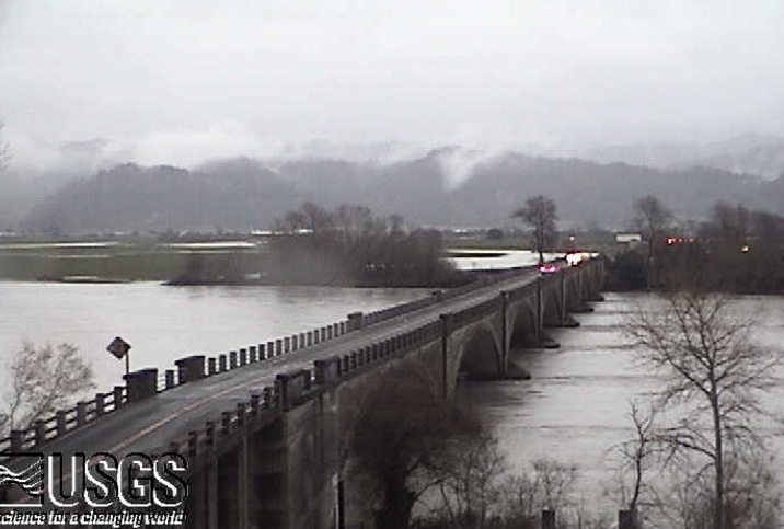 Eel River at Fernbridge with minor flooding