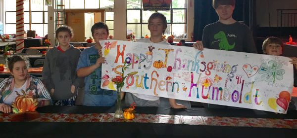 Miranda 4-H decorating for the community Thanksgiving dinner in Redway.