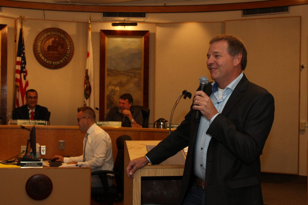Kenny Swithenbank talking to the Board of Supervisors and the audience gathered there.