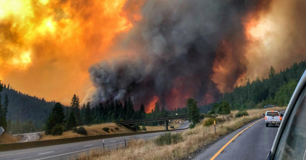 The Delta Fire leaves the normally busy I-5 empty.