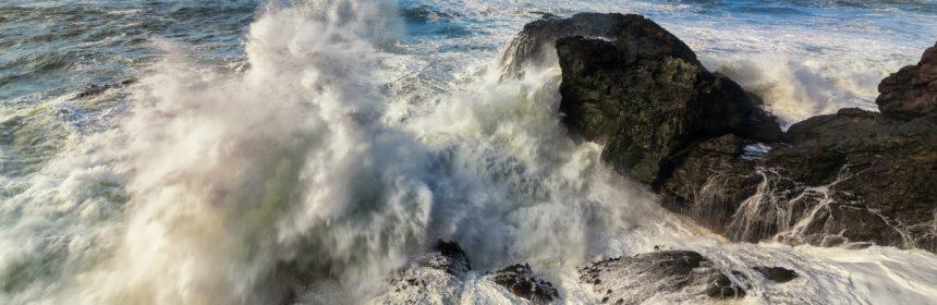 Wave crashing on Elk Head [Photo by Jeff Schwartz]