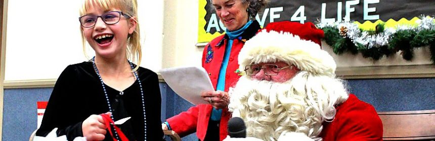 """Kiwanis Club of Henderson Center visits Glen Paul School and distributes gifts to the students as part of their annual """"Christmas Luncheon with Santa"""". crop"""