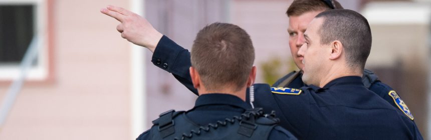 pointing epd officer mckenna-noresize