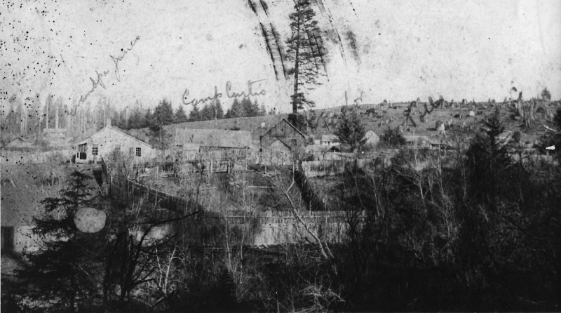 A historic photo shows Camp Curtis, which sat in the hills of Arcata from 1862 to 1865 and housedthe 1st BattalionCaliforniaVolunteer Mountaineers, which committed acts of genocide. [Image from Wikimedia Commons]