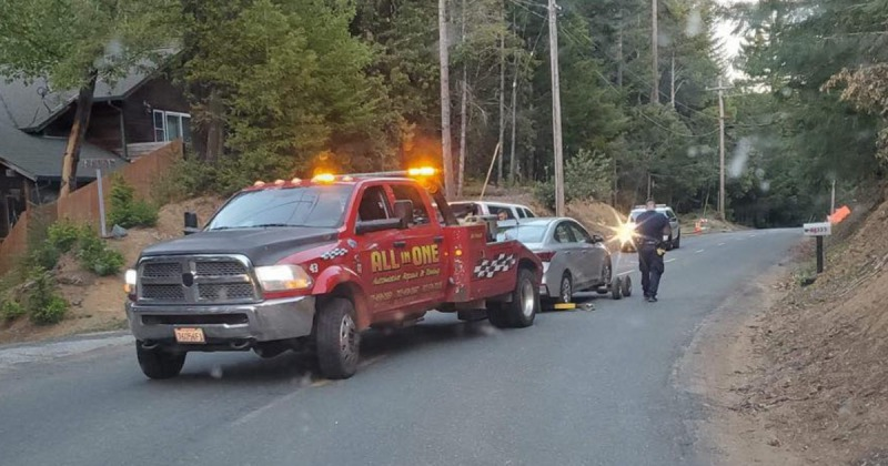 Tow truck with suspect vehicle