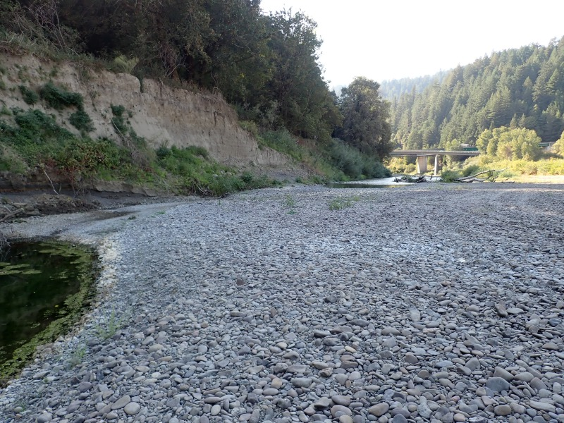 South Fork of the Eel River Dry near historic confluence with the main stem. [Photo from ERRP]